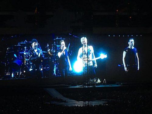 U2 live a Londra <br> Il rock che salva il mondo