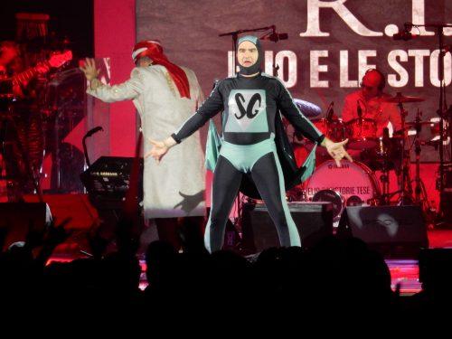 R.I.P. ELIO E LE STORIE TESE: <BR> Le foto e i video del concerto milanese