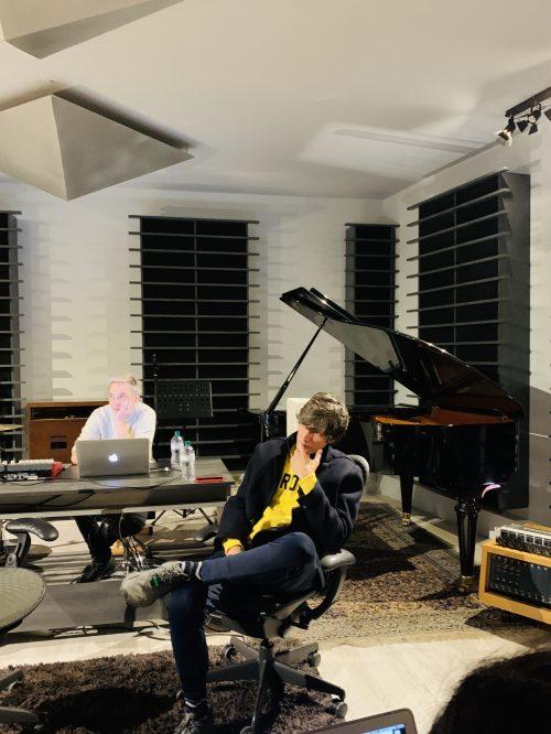 BUGO presenta CRISTIAN BUGATTI <BR> Il Festival di Sanremo con Morgan e il nuovo album